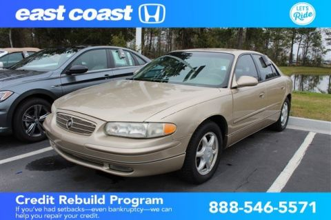Pre-Owned 2004 Buick Regal LS